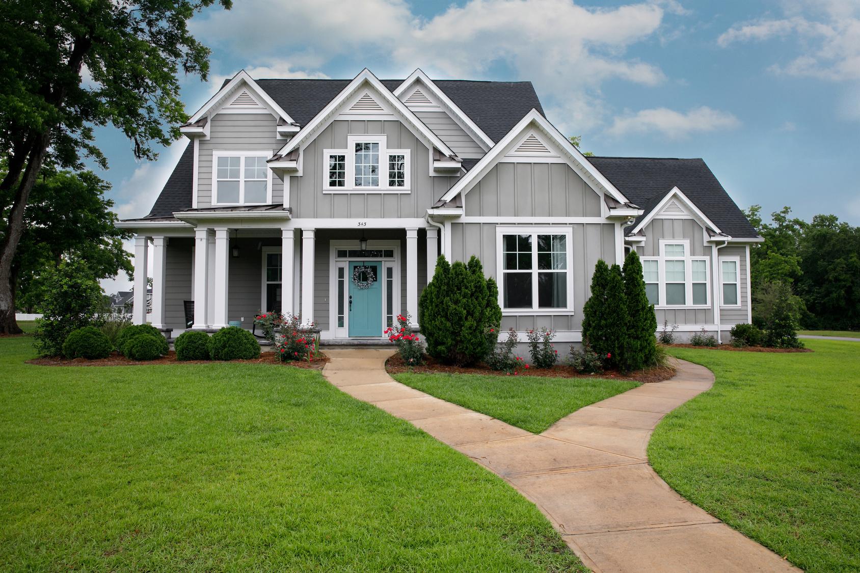 New-Modern-Home-Exterior