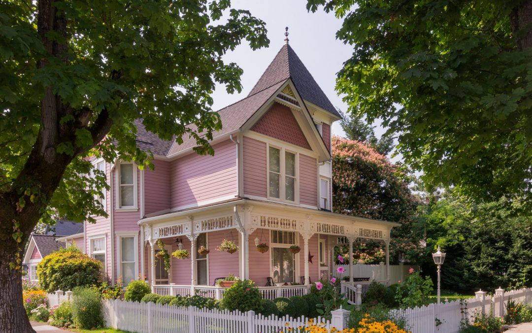 10 Tips to Keep in Mind When Buying an Old Home