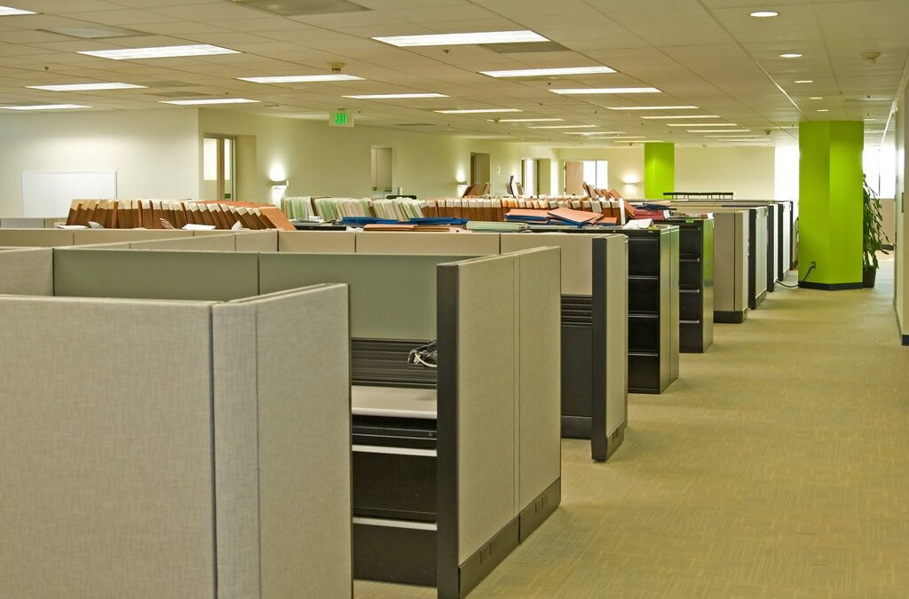 How to Get Rid of Office Cubicles Before Moving